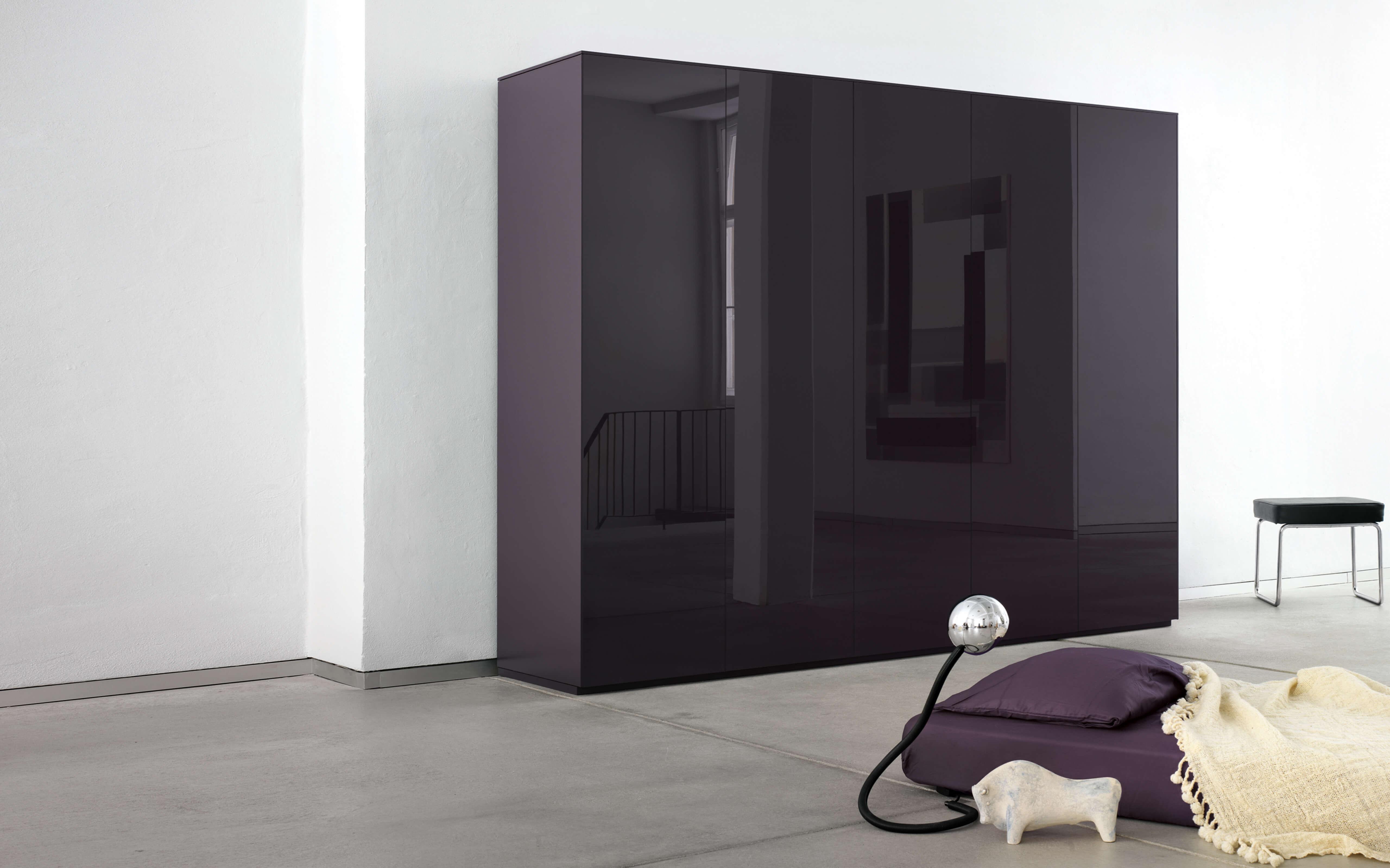 line schrank. Black Bedroom Furniture Sets. Home Design Ideas